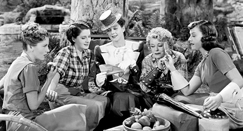 Still image from The Women.