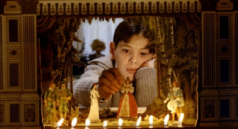 Still image from Fanny and Alexander.