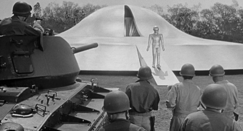 Still image from The Day the Earth Stood Still.