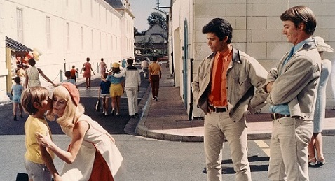 Still image from The Young Girls of Rochefort.