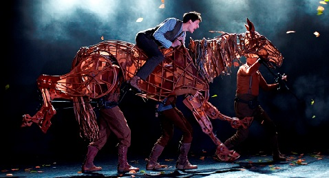Still image from War Horse.